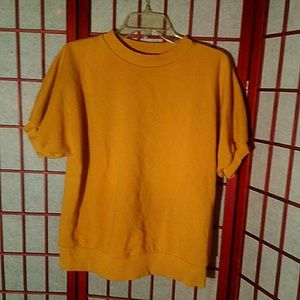 EUC mustard yellow short sleeve sweater by COS med